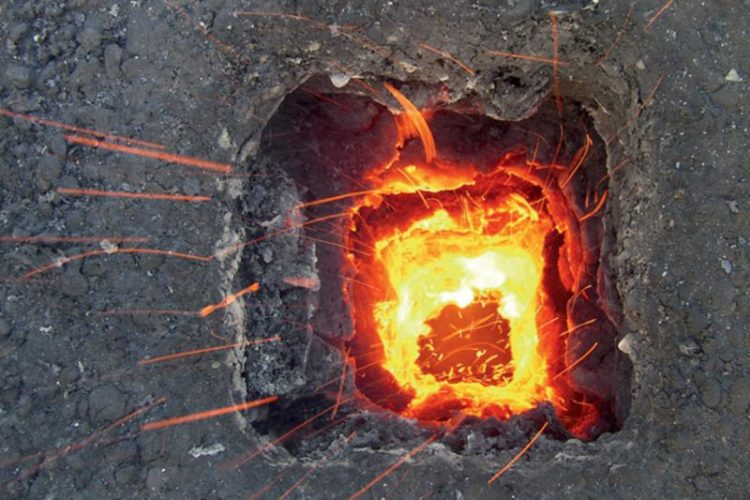 Laat uw schoorsteen vegen, voorkom schoorsteenbrand
